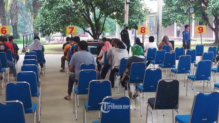 PTM Terbatas Dimulai Juli, IDI Minta Pelajar juga Divaksin