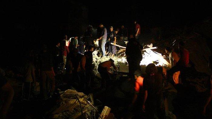 Suriah Tuding Pesawat Tempur Rusia Ledakkan Idlib yang Dikuasai Pemberontak, Lusinan Tewas