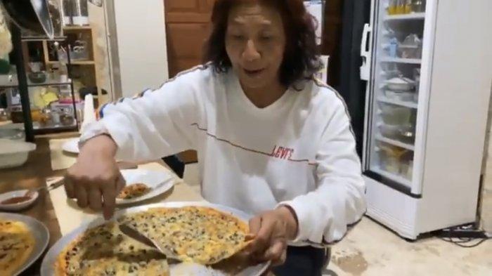 Makan Lobster Bareng, Sandiaga Uno Tertawa Dengar Sindiran Susi Pudjiastuti