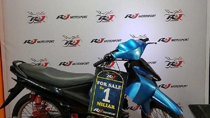 Bukan Kaleng-kaleng, Motor Suzuki Smash Milik Artis Maell Lee Ini Dijual Rp 1 Miliar