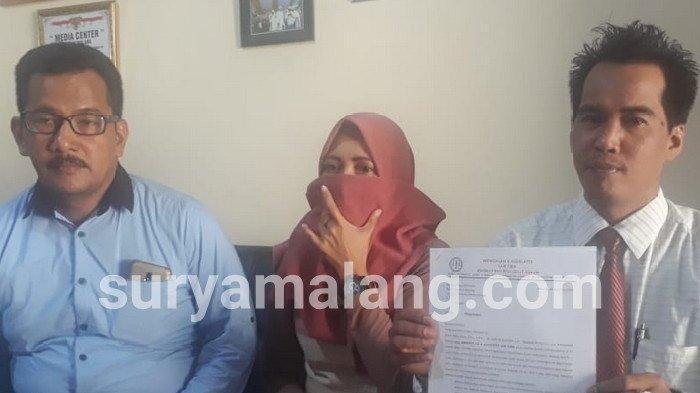 SW, perempuan dari Desa Bakalan, Bululawang, melaporkan suami sirinya, anggota DPRD Kabupaten Malang dari PKB.