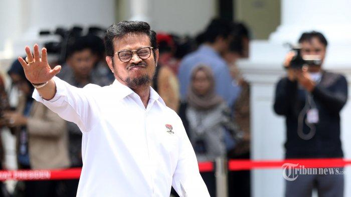 Politisi Partai Nasdem Syahrul Yasin Limpo memberi keterangan sebelum meninggalkan Kompleks Istana Kepresidenan, Jakarta, Selasa (22/10/2019). Menurut rencana, presiden Joko Widodo akan memperkenalkan jajaran kabinet barunya kepada publik hari ini usai dilantik Minggu (20/10/2019) kemarin untuk masa jabatan periode 2019-2024 bersama Wakil Presiden Ma'ruf Amin. TRIBUNNEWS/IRWAN RISMAWAN