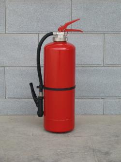 Pemalsuan Tabung Oksigen Modifikasi dari Tabung Pemadam Kebakaran Dijual Rp3 Juta