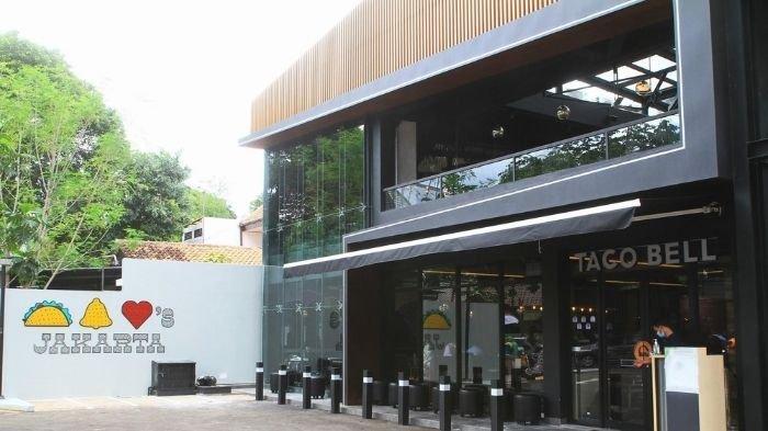 Taco Bell telah membuka gerai pada 18 Desember d