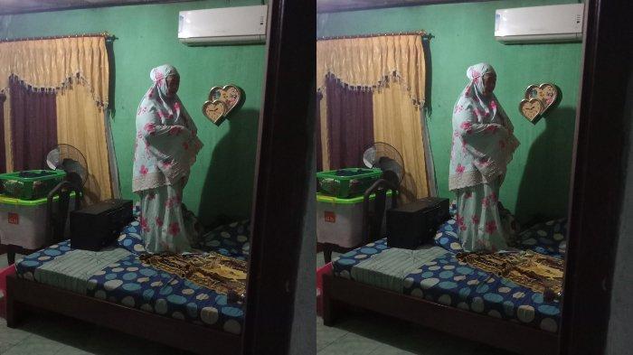 Viral Ibu Salat Tahajud di Atas Kasur saat Rumah Kebanjiran, sang Anak Ungkap Kisah di Baliknya