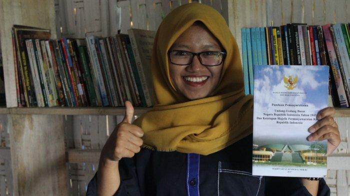 KMBS: Berawal dari Gerakan 'One Person One Book' Dirikan Taman Baca untuk Anak Muda Desa