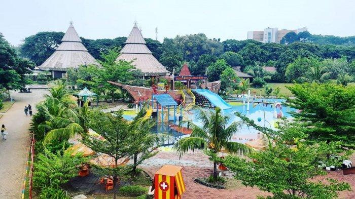 Taman Legenda Keong Mas TMII
