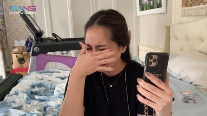 Umumkan Kehamilan Anak Kedua, Tangis Nagita Slavina Pecah Dengar Wejangan dari Mama Rieta