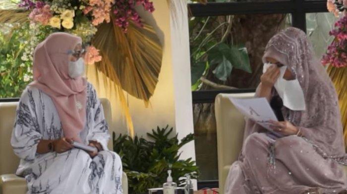 Tangis Haru Kesha Ratuliu dalam momen pengajian