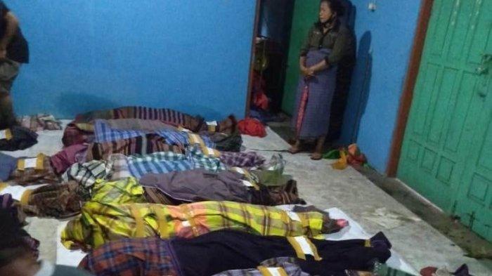Tangis Warga Adonara Pecah Ratapi Puluhan Jenazah, Bupati Flores Timur Datangi Korban Banjir Bandang