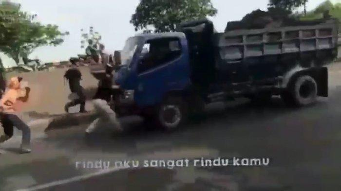 Penjelasan Polisi soal Remaja di Bekasi yang Tewas Saat Hadang Truk untuk Konten di Medsos