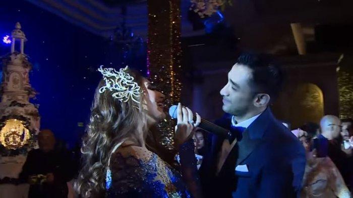 Tania Nadira Nyanyikan Lagu Spesial untuk Abdullah Alwi saat Pernikahan, Ciptaan Ade Govinda