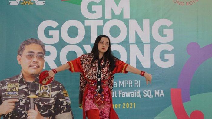 Jazilul Fawaid Minta Pemerintah Lestarikan Seni Budaya Tari Topeng Cirebon