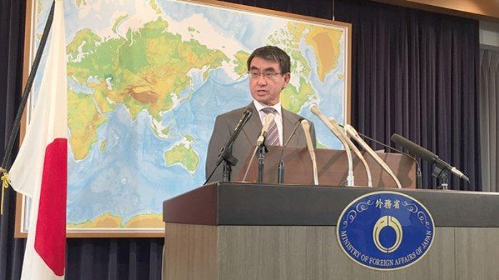Taro Kono Menteri Luar Negeri Jepang
