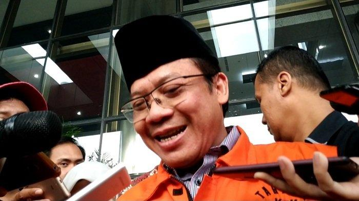 Wakil Ketua DPR nonaktif Taufik Kurniawan di Gedung KPK
