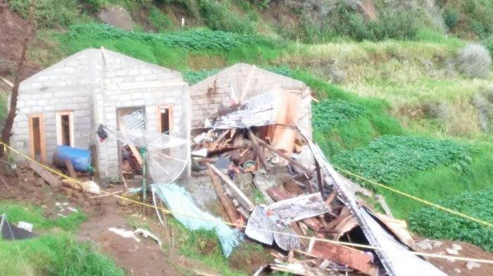 Tanah Longsor di Batang Timpa Satu Rumah, Ada Dua Korban