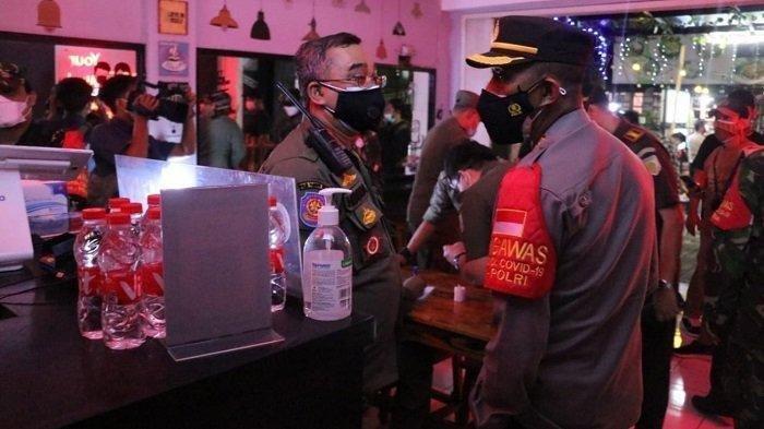 PPKM Darurat, Petugas Temukan Tempat Biliar di Tangerang Masih Beroperasi