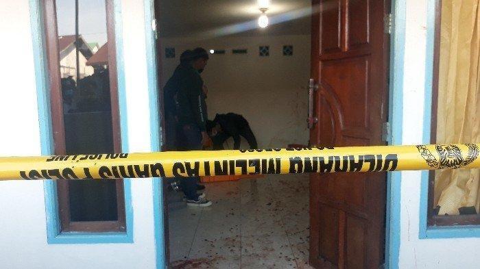 Tempat kejadian perkara pembunuhan di Gang Bukit Sebedang Dalam, Jalan
