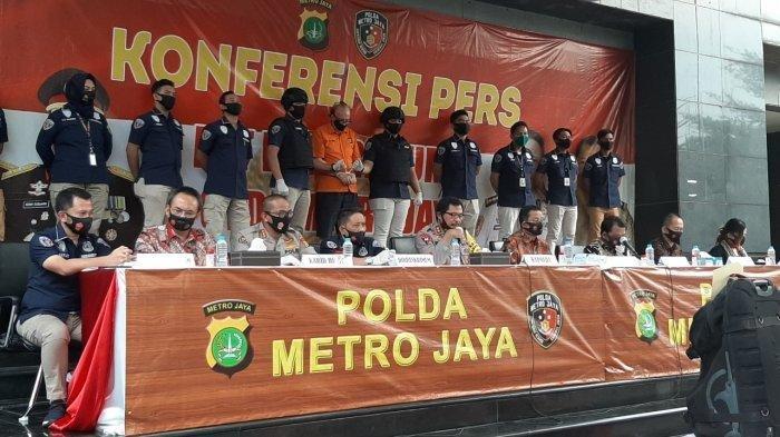 Konferensi pers pengungkapan kasus eksploitasi seksual terhadap anak di bawah umur di Polda Metro Jaya, Jakarta Selatan, Kamis (9/7/2020)