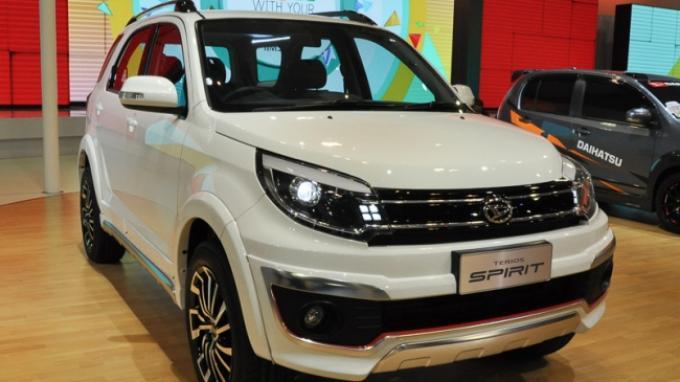 Daihatsu Aspalkan Terios Custom demi Bendung Honda BR-V
