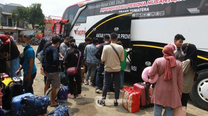 Selama Larangan Mudik, Dua Terminal di Jakarta Ini Layani Bus AKAP dengan Stiker Khusus