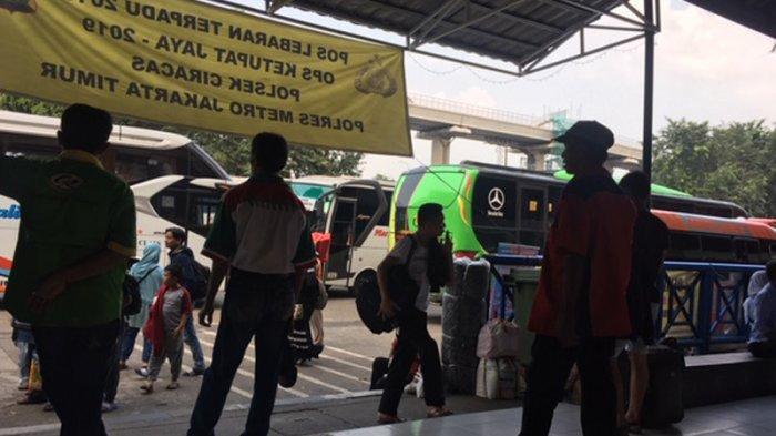 Puncak Arus Balik Mulai Terlihat di Terminal Kampung Rambutan
