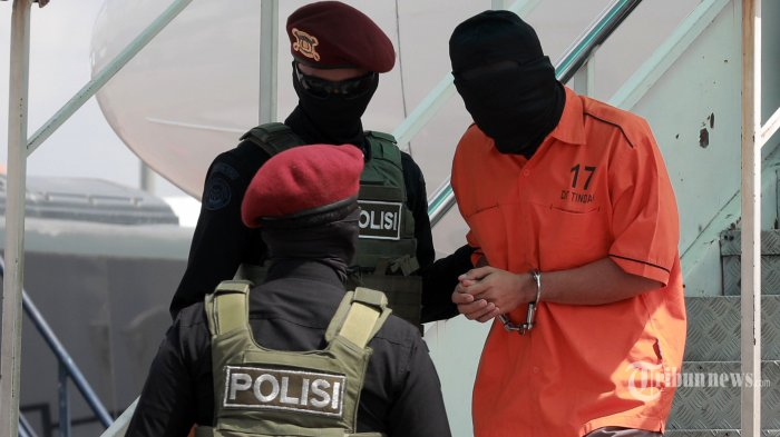 Densus 88 Kembali Tangkap 10 Teroris JI Kelompok Fahim di Jawa Timur