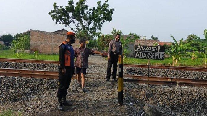 Siti Tewas Tersambar Kereta di Semarang Saat Beli Sayuran, Begini Kejadiannya