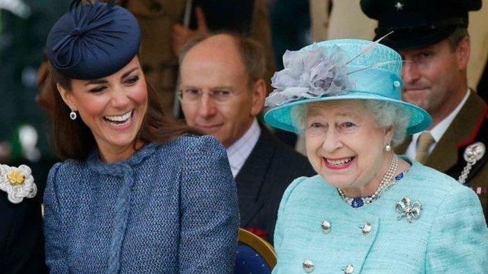 Ratu Elizabeth II Buka Lowongan Kerja Penjaga Kuda Bergaji Rp 390 Juta, Begini Tugasnya
