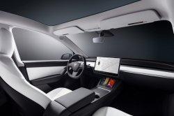 Tesla Tak Terpengaruh Kelangkaan Chip, Berhasil Pecahkan Rekor Pengiriman Mobil di Kuartal 3 2021