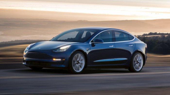 Inilah Sederet Keunggulan Mobil Tesla Model 3 Milik Deddy Corbuzier Irit Punya Fitur Canggih Tribunnews Com Mobile