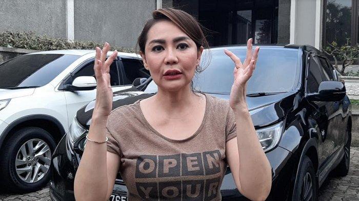 Tessa Kaunang ditemui di lokasi syuting, di kawasan Jagakarsa, Jakarta Selatan, Jumat (15/4/2021).