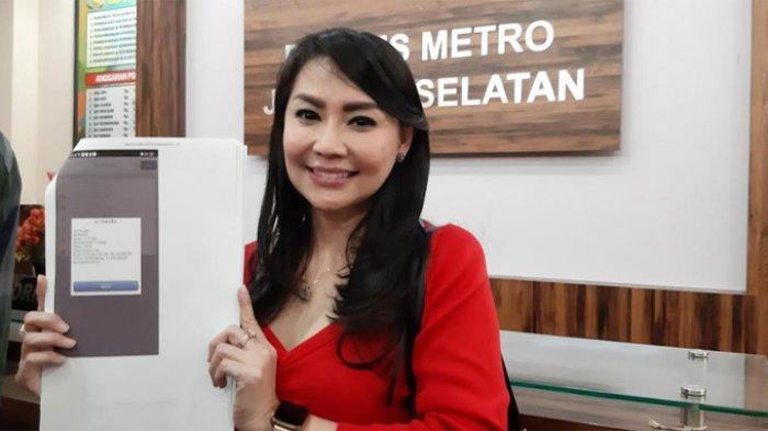 Tessa Kaunang di Polres Metro Jakarta Selatan, Selasa (28/7/2020) malam.