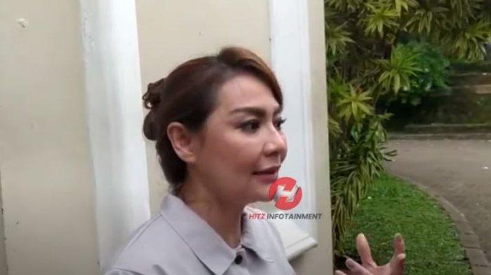 Tessa Kaunang saat dijumpai oleh awak media