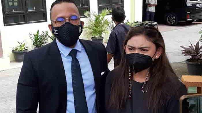 Proses Cerai, Thalita Latief Benarkan Kabar Dennis Lyla Selingkuh: Saya Memendam Sakit