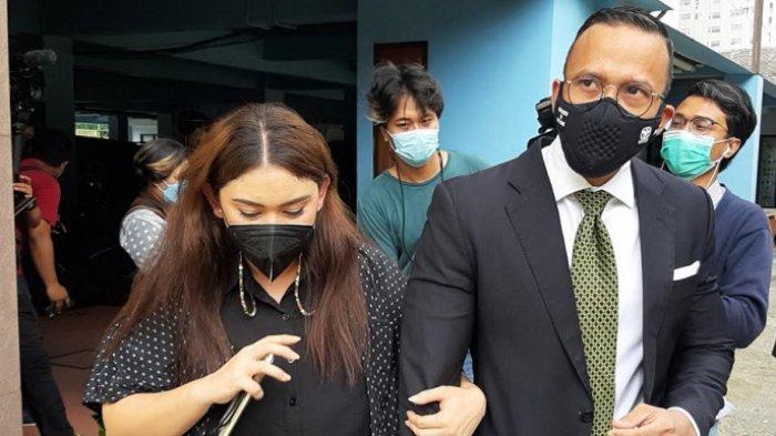 Mediasi dengan Dennis Lyla Gagal, Thalita Latief Ungkap soal KDRT: Dilempar HP, Gigi Patah Dua