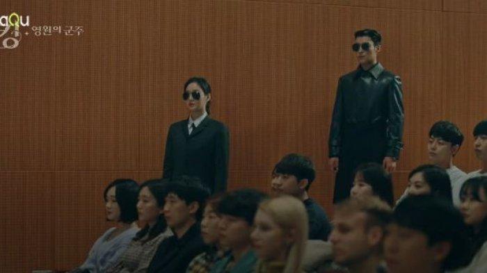 Tae Eul menjadi pengawal Raja