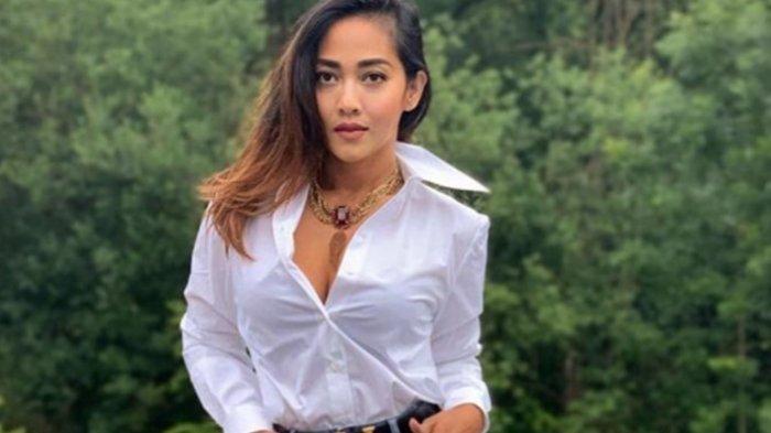 4 Tahun Suami Meninggal Dunia, Model Tiara Lestari Setia Ungkapkan Rasa Cinta di Hari Anniversary