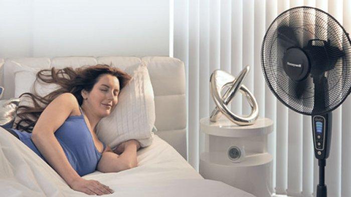 Tidur Saat Kipas Angin Menyala Bisa Picu Radang Tenggorokan, Ini Penjelasan Dokter