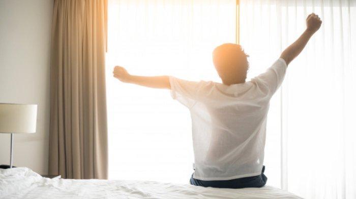 Tidur yang cukup dan berkualitas bisa menjaga kestabilan emosi, fungsi imun tubuh, vitalitas, hingga menjaga berat badan.