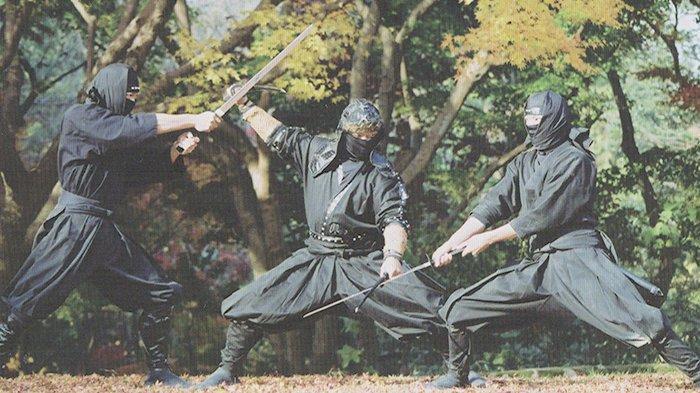 Ninja Jepang Harus Mengalahkan Empat Kebodohan Jika Tak Mau Jadi Ghost Master