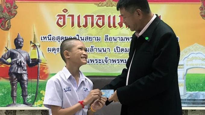 Remaja dan Pelatih Sepak Bola yang Selamat dari Gua Resmi Jadi Warga Thailand