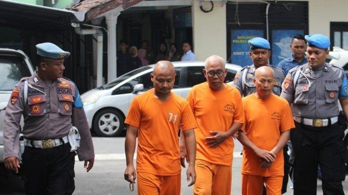 Tiga Pembina Pramuka SMPN 1 Turi yang dijadikan tersangka dalam tragedi susur sungai siswa SMPN I Turi, Sleman.