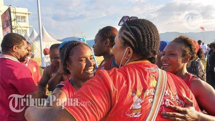 Capai Finis Pertama, Tim Dayung Putri Papua Sukses Segel Kemenangan