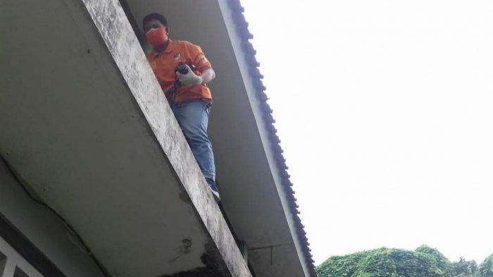 Akal Bulus Pencuri, Usai Beraksi Tebar Fitnah Dengan Tarug Sandal Korban di Mess Korban Lainnya