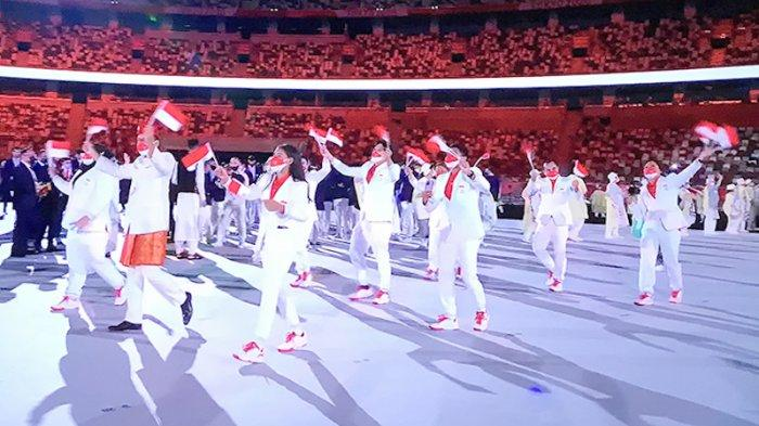 Tim Indonesia tampil dengan ceria di lapangan stadiun olahraga nasional Jepang (Kokuritsu Kyogijo)