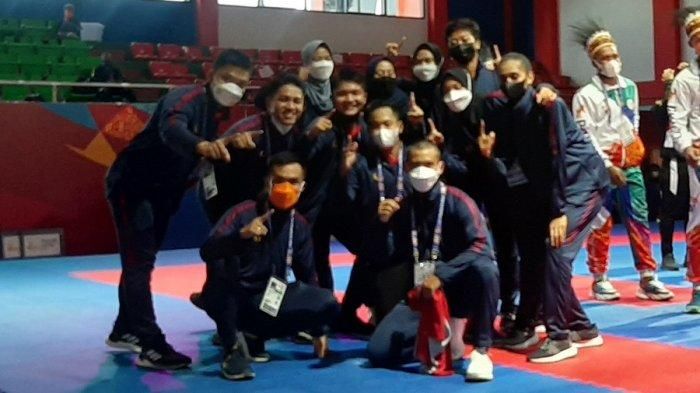 Jawa Barat Raih Emas Karate Nomor Kumite Beregu Putra PON XX Papua