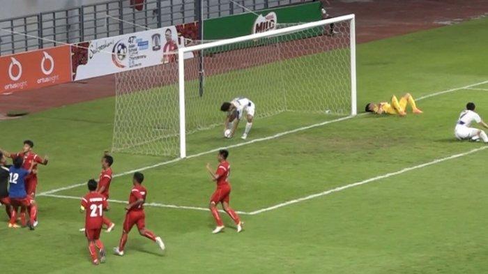 Tim Pelajar Indonesia U-18 berhasil melenggang ke semifinal setelah dilaga kedua menundukkan Korea Selatan dengan skor 2-1 diajang 47th Asian Schools Football Championship (AFSC) yang berlangsung di Stadion Batakan, Balikpapan, Selasa (19/11/2019).