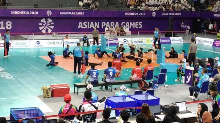 Tim Sukses Jokowi-Ma'ruf Nonton Bareng Asian Para Games Cabor Voli Puteri