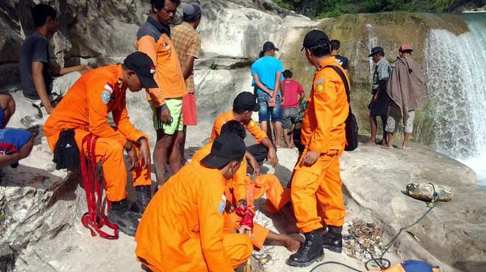 Siswa SMA Hilangdi Air Terjun Satu Hati Sibolangit Deliserdang